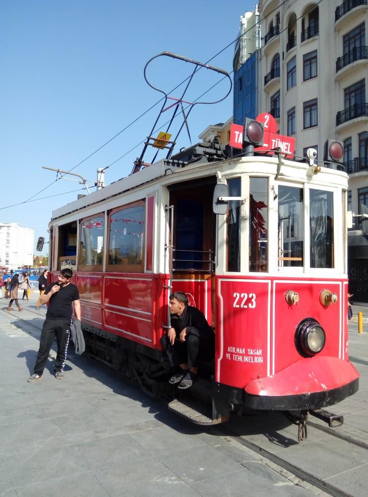 P60407-163243