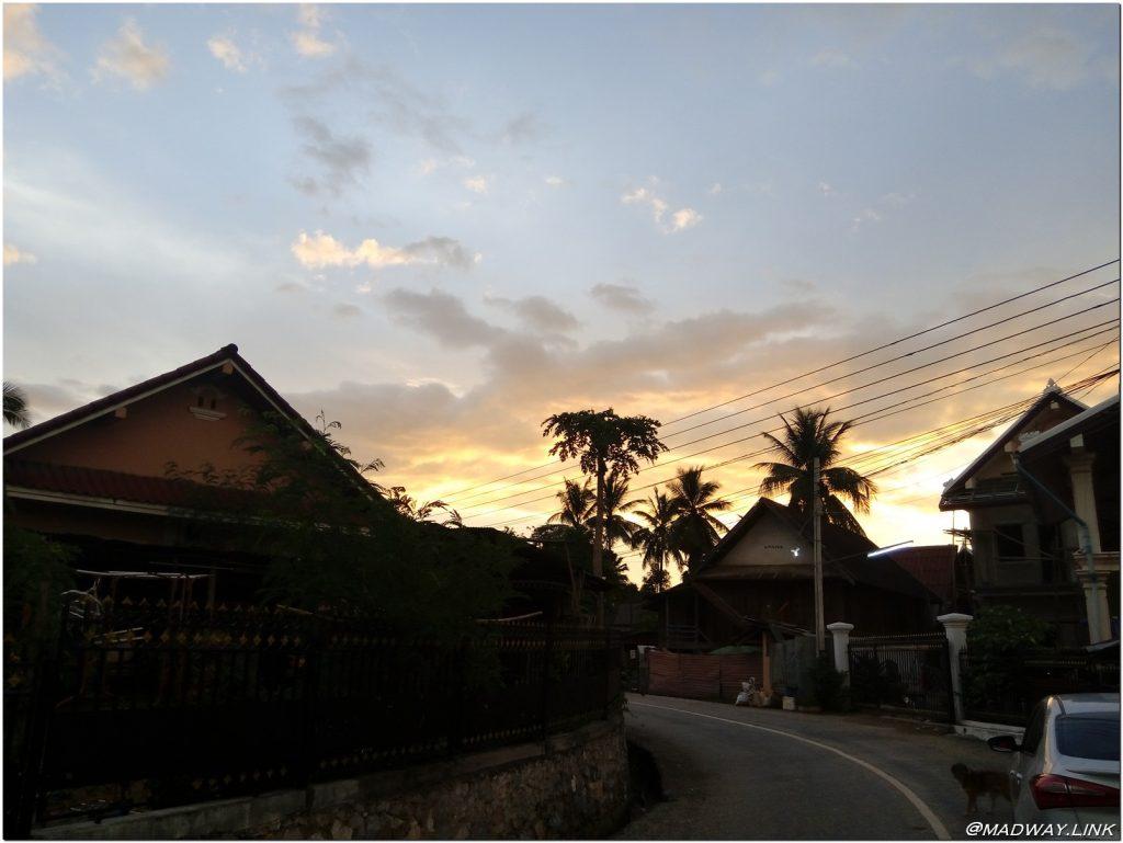 2016-09-05-madway-laos321