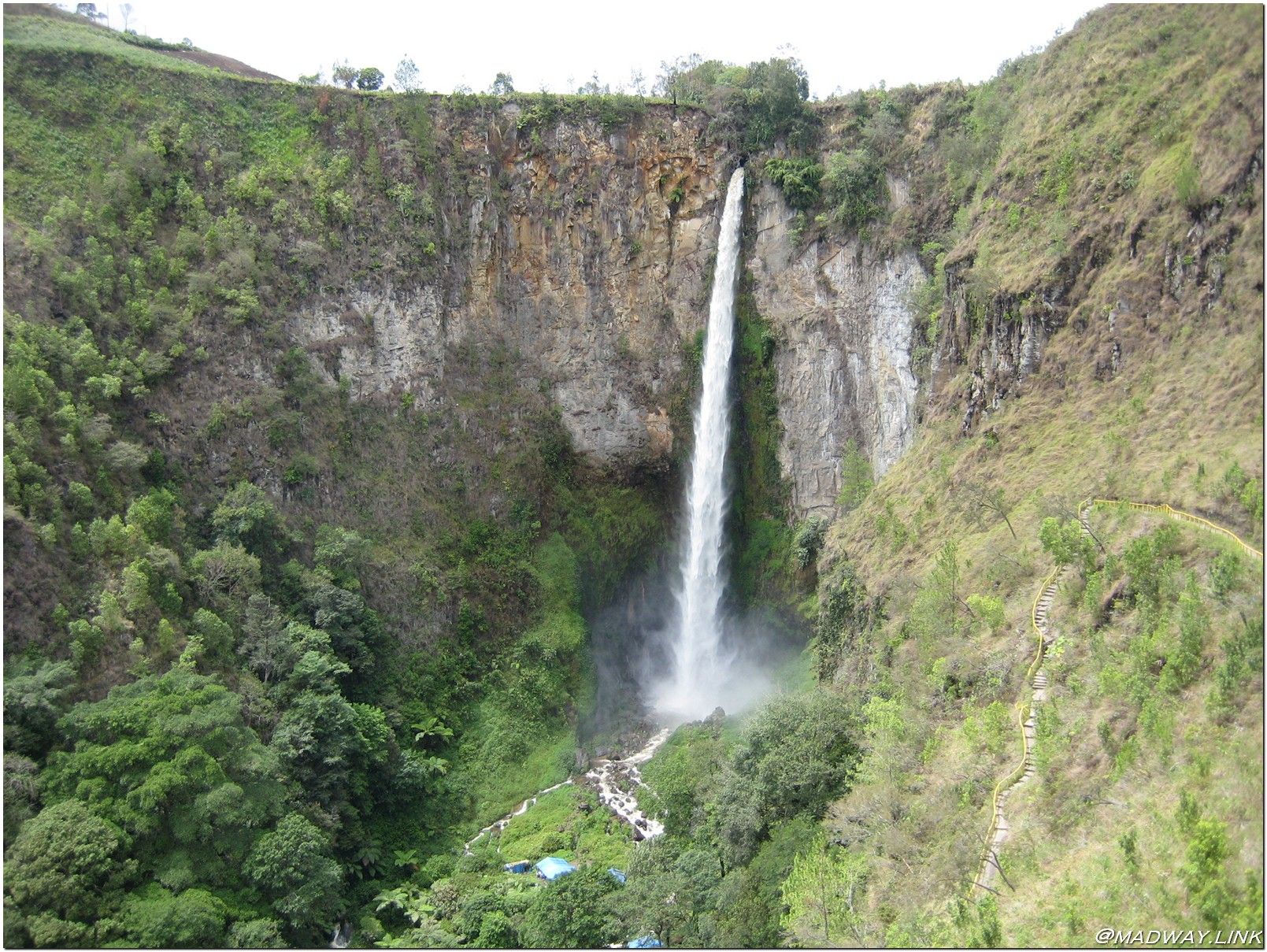Piso piso waterfall