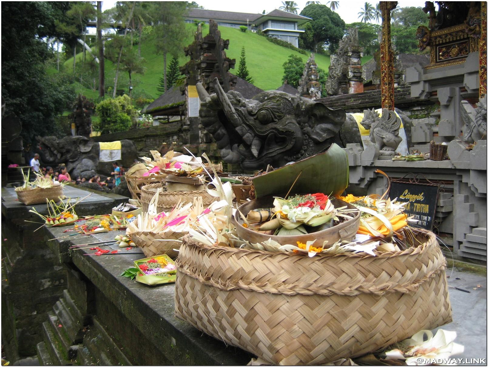 Религия Бали фото